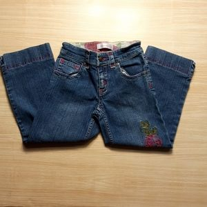 Girls cropped jeans with embroidery. Size 7/8
